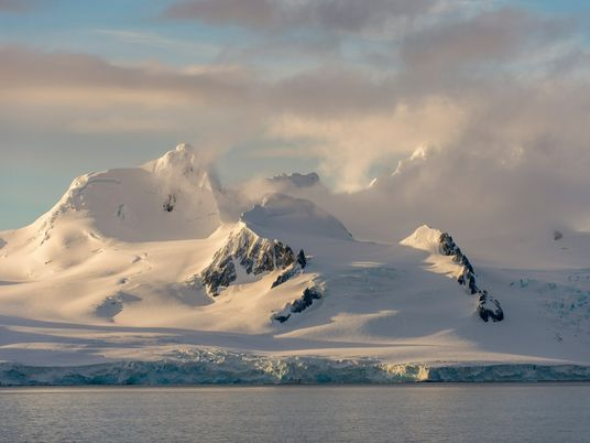 New way to measure Antarctic snowfall helps predict the ice sheet's survival