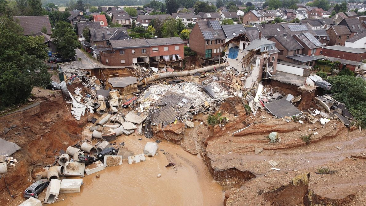 Heavy rainfall resulting from a slow-moving low-pressure system over western Germany led to catastrophic damage and ...