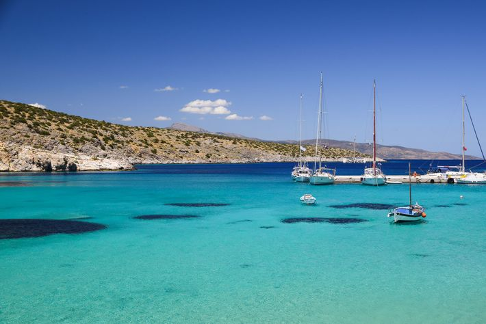 Koufonisia is a haven of blissfully deserted beaches and solitary tavernas selling mouthwatering local fare.