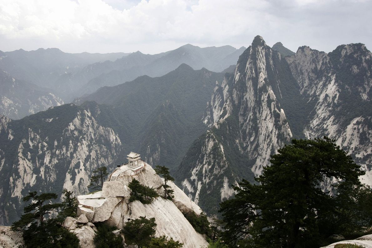 The five peaks of Mount Hua each hold Taoist teahouses and shrines.