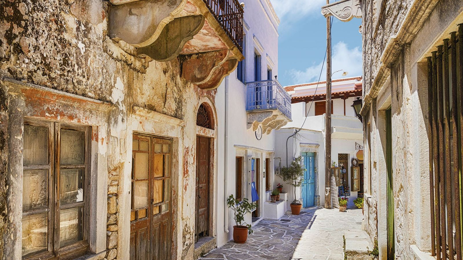 Traditional backstreet in Naxos, Greece.