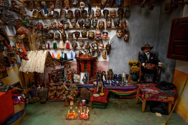 The mask workshop of Diego Ignacio's family, Chichicastenango.