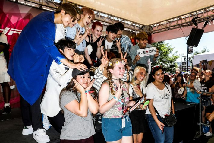 UP10TION with fans at KCON 2017 at the Prudential Center in Newark, N. J.