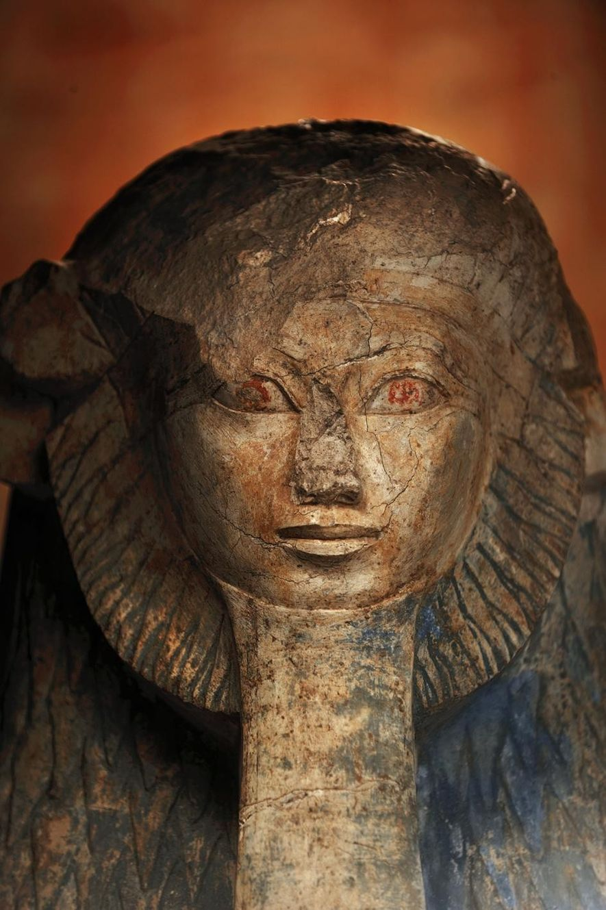 A statue of Hatshepsut depicts her with a lion's mane and pharaoh's beard.