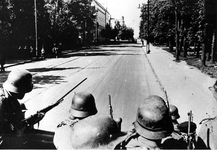 After weeks of fierce battle, German troops roll into Kiev on September 21, 1941 at the ...
