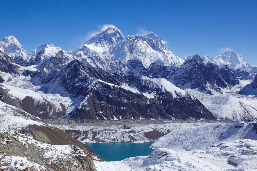 Declassified spy satellite images reveal alarming Himalaya glacial melt
