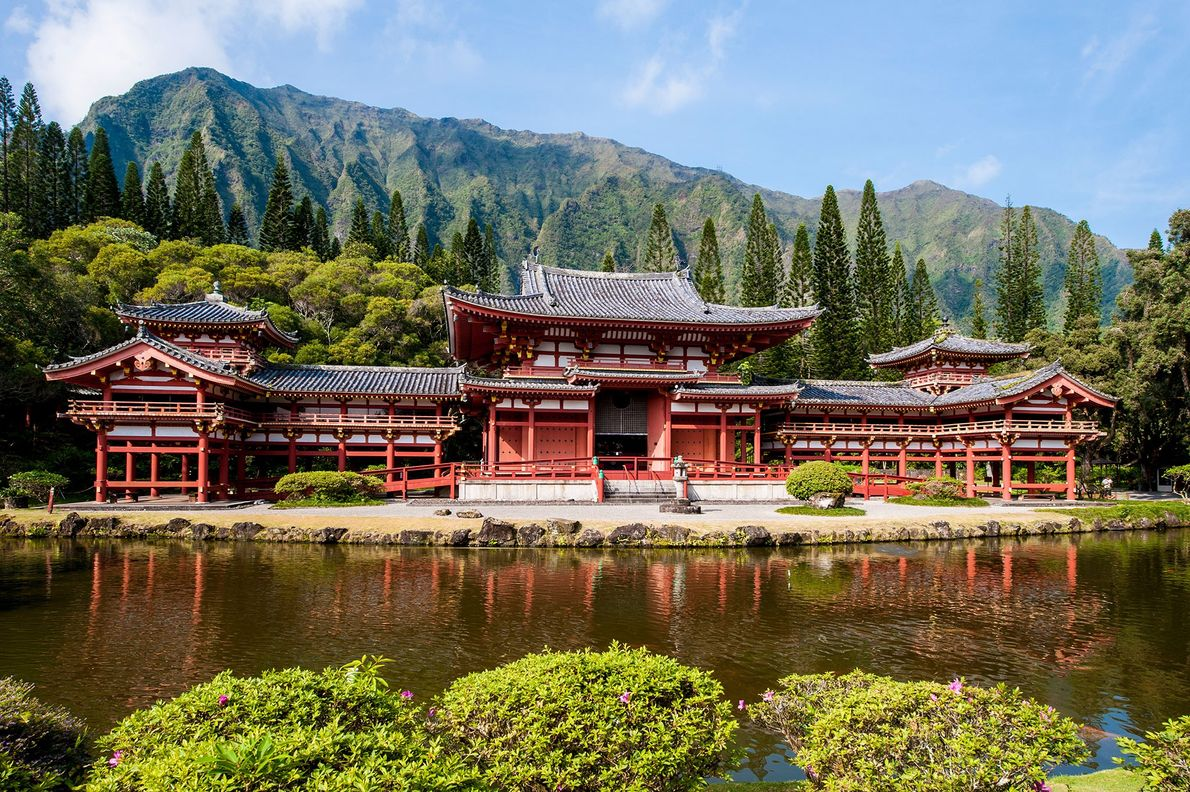 Byodo-In Temple, Hawaii, United States: Built in the 1960s to commemorate the 100th anniversary of the …