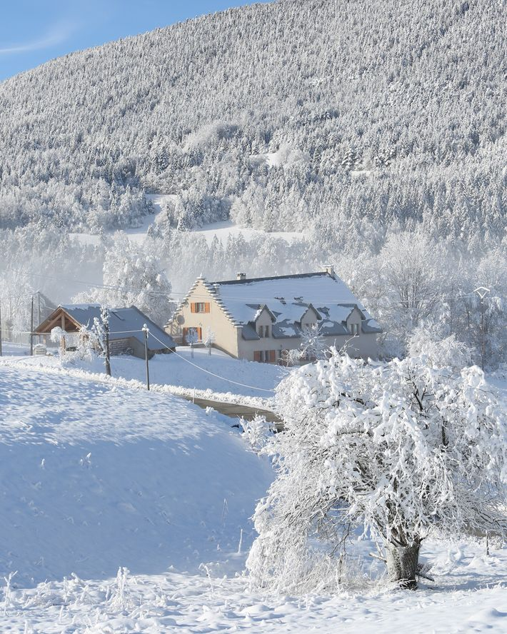 Surrounded by the wild, supersize topography of the Vercors massif, Villard de Lans has earned the ...