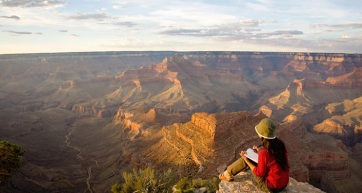 Travel writing at the rim of the Grand Canyon