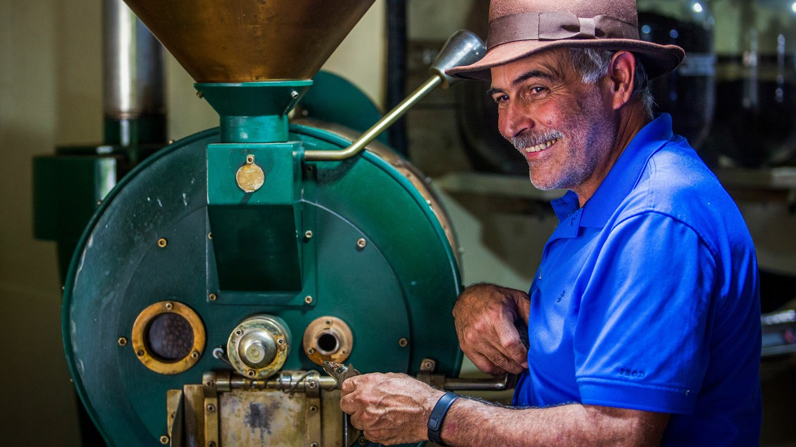 65-year-old Roberto has been working at the family farm, Hacienda San Pedro, for the past 45 years. ...