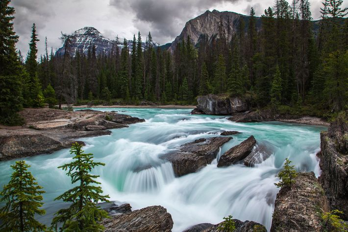 There is no denying the beauty of Banff, but there is no denying the crowds either. ...