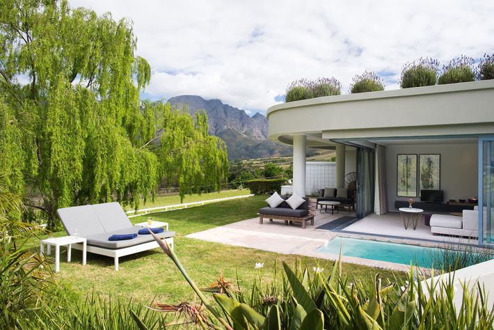 Mont Rochelle is nestled in the beautiful valley of Franschoek in Western Cape, South Africa.
