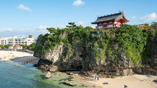 Naminoue Beach and Naminoue Shrine, Naha, Okinawa.
