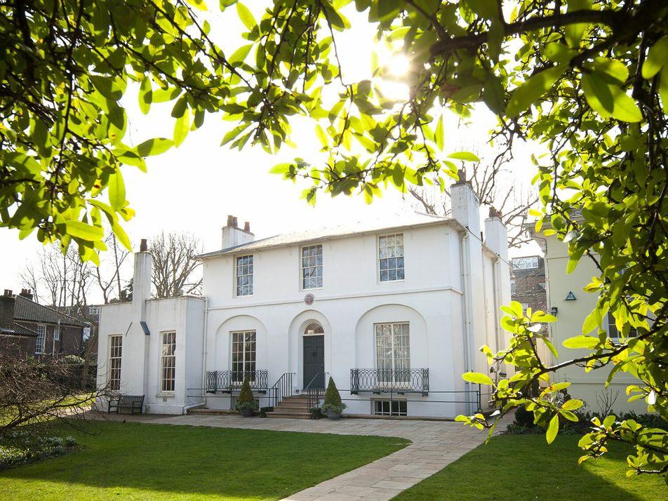 How to plan a literary walking tour through north London