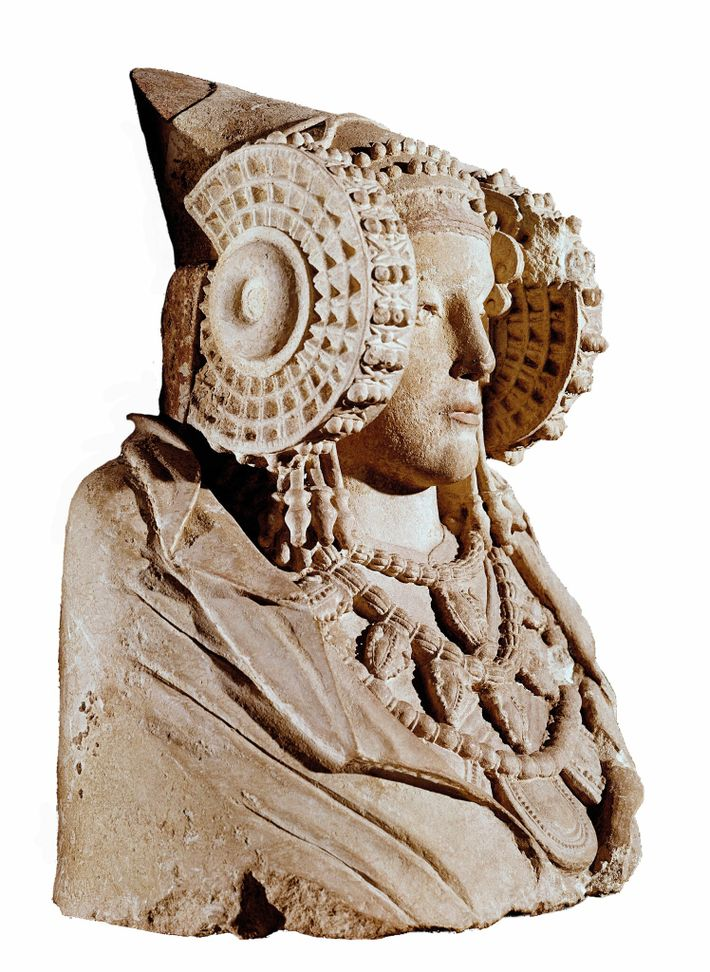 Lady of Elche, fourth-century B.C. Iberian funerary statue. National Archaeological Museum, Madrid