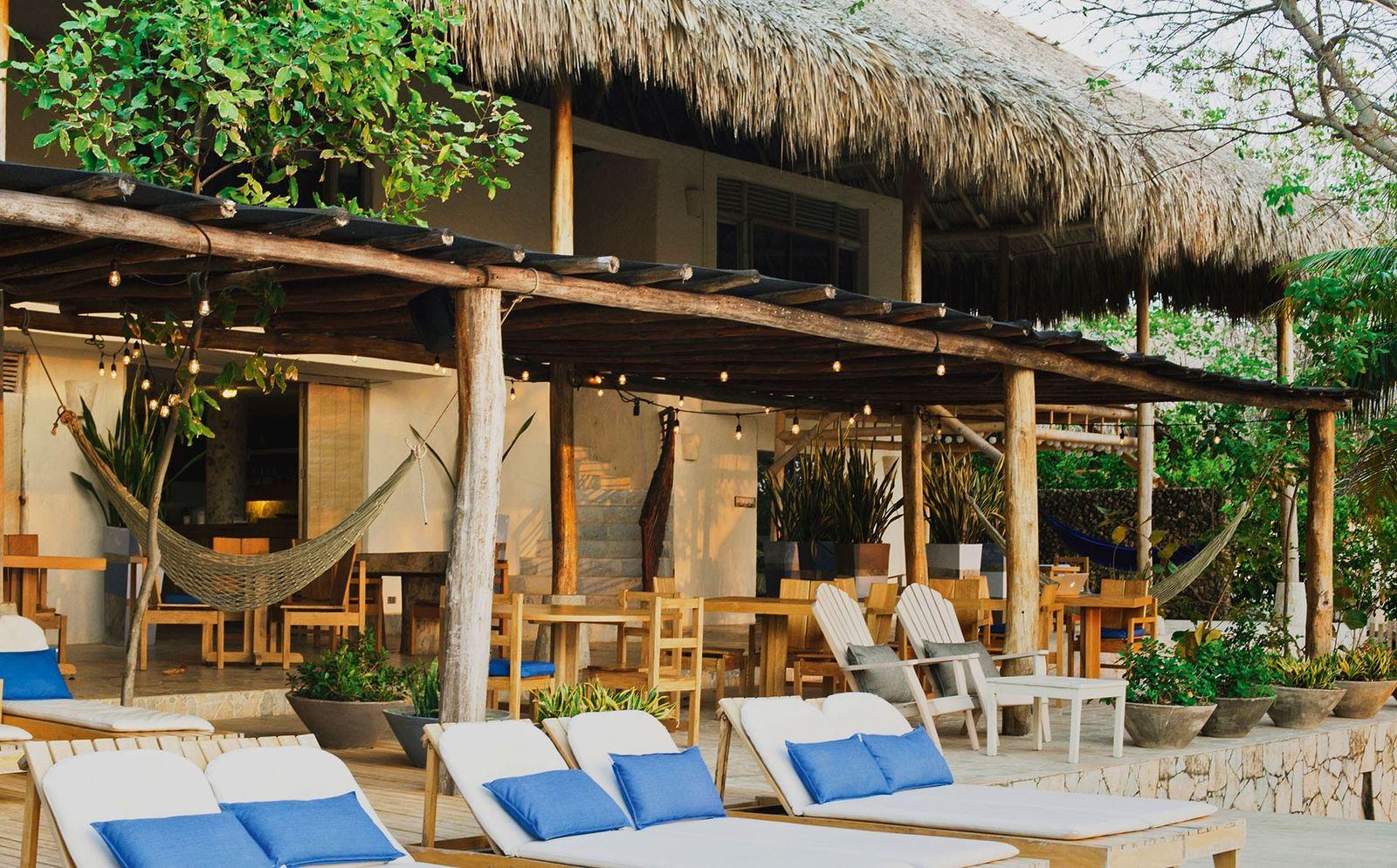 Blue Apple Beach House, Isla Tierra Bomba, Colombia.