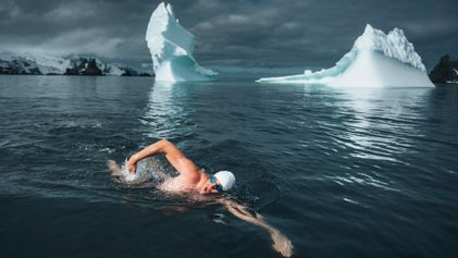 This British Man Just Swam in Antarctic Waters in Speedos