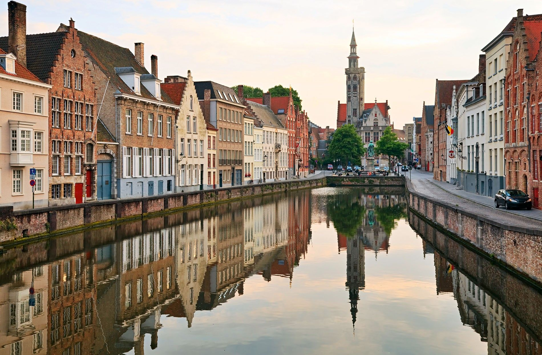 If you're looking for a dose of high-brow culture, make a beeline for the 800-year-old Old St John's Hospital and the Groeninge Museum, for works by the Flemish Primitives, including Jan van Eyck and Hans Memling, who established Bruges as a centre of art in the 15th century