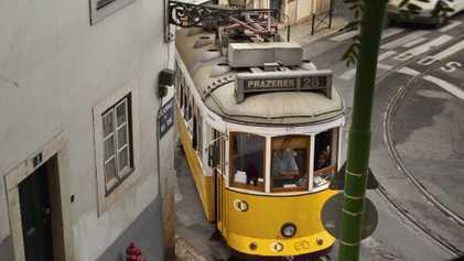 Lisbon: through the eyes of travel writers