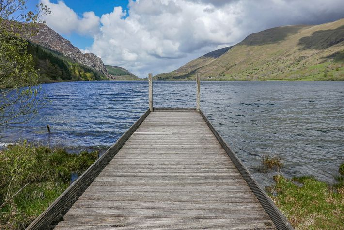 Cwellyn Arms overlooks Cwellyn Lake, with views extending up to Wales' highest mountain, Snowdonia.