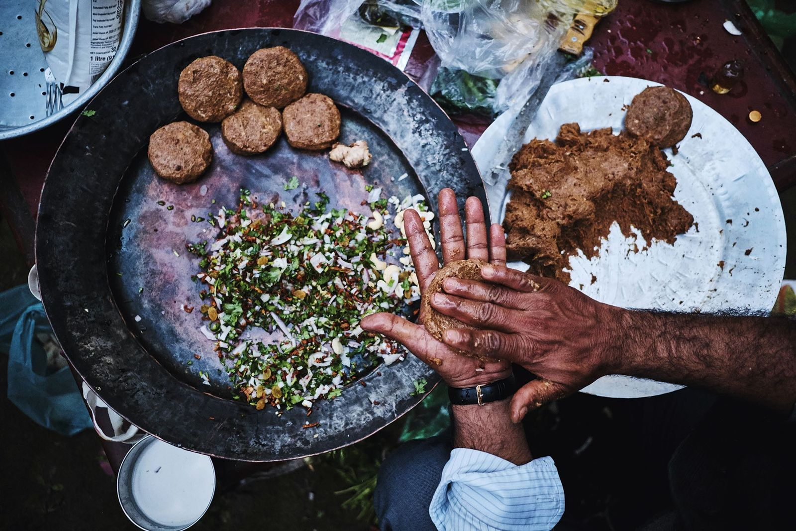 Royal cook Afzaal Ahmed making his family recipe Miyanapuri kebab at Mahmudabad Estate