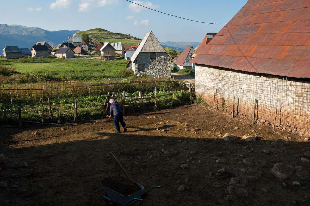 Every summer, around 17 families move back to Lukomir from surrounding towns and cities.