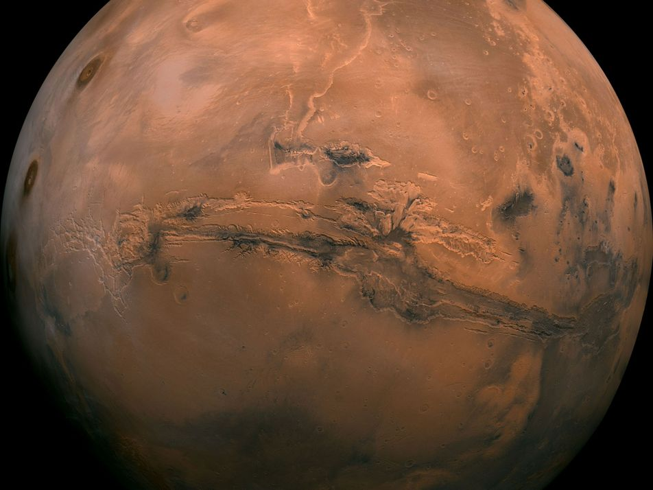 Where did Mars's liquid water go? A new theory holds fresh clues.