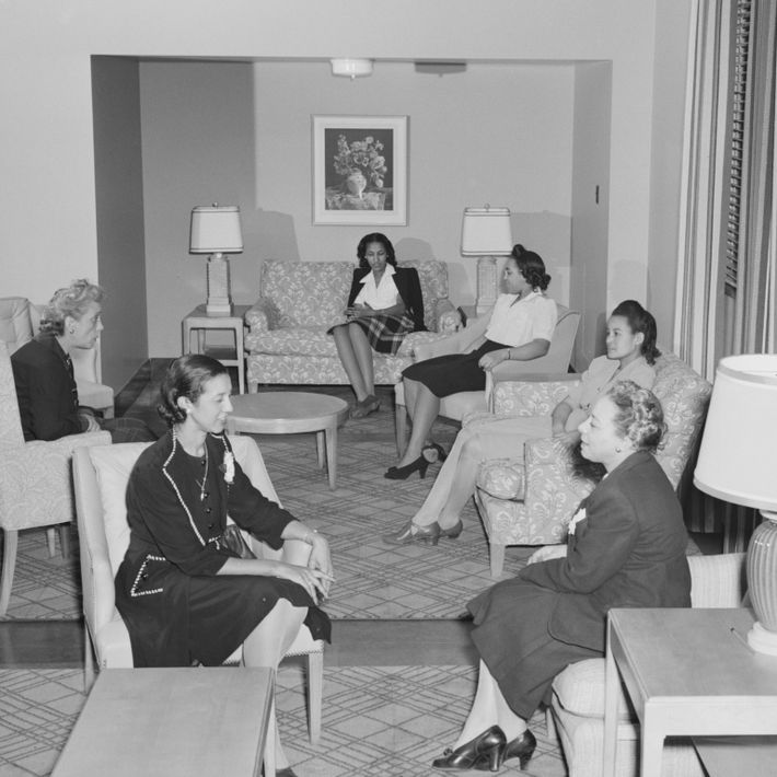 Government hotel for Black women war workers