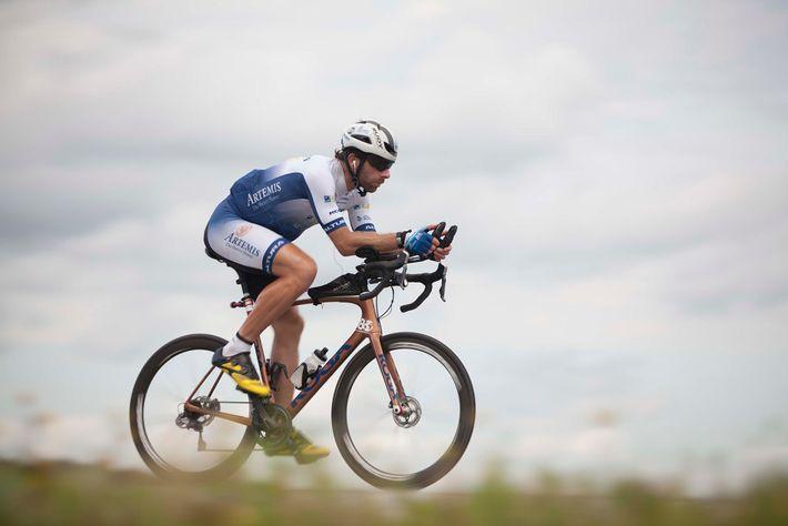 NGTO_0721_Cyclists1