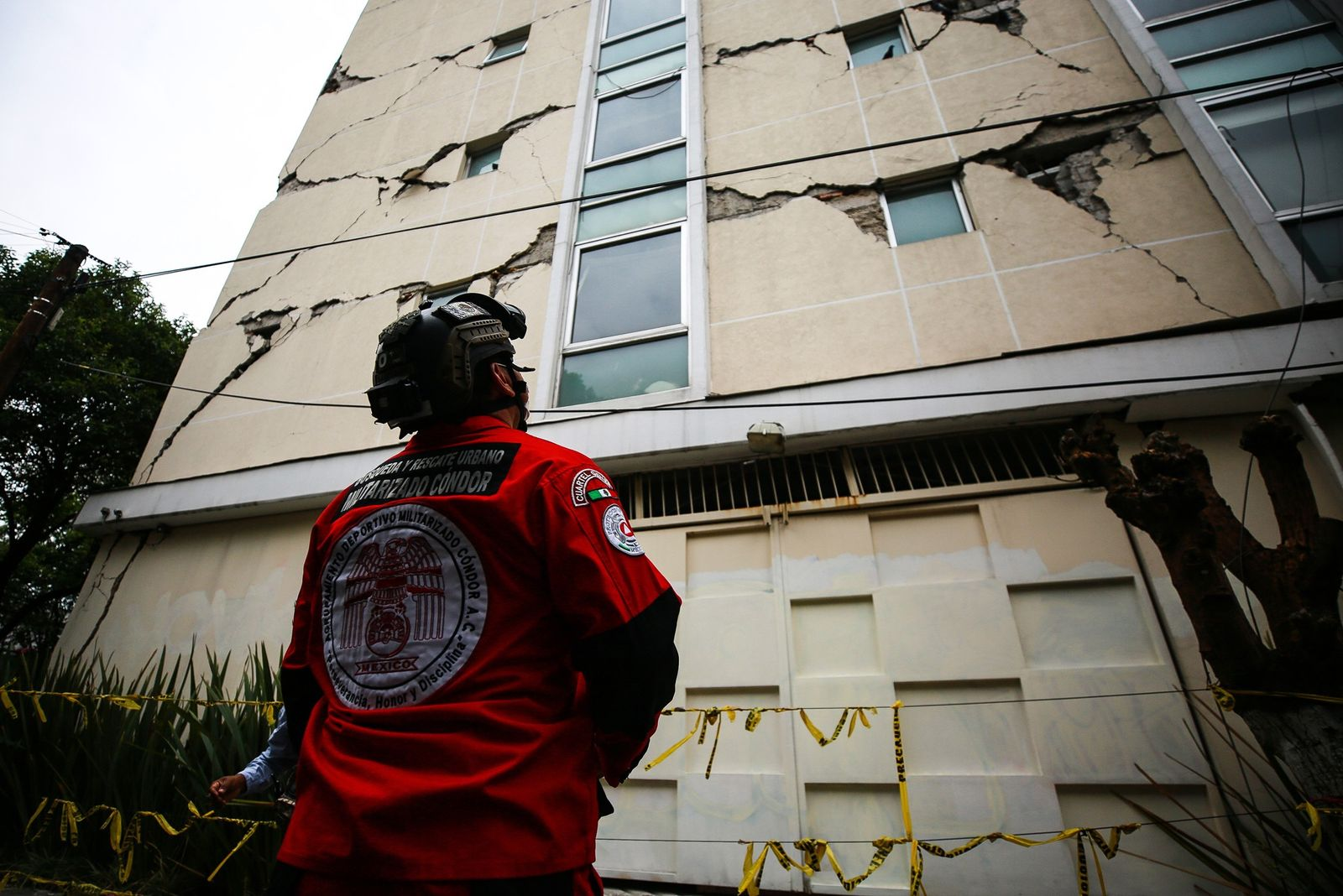 Why the Oaxaca earthquake made buildings sway hundreds of miles away