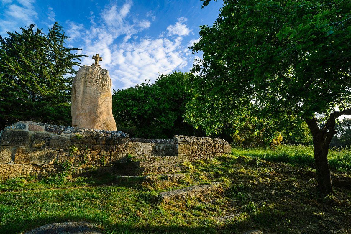 Menhir of Saint-Uzec