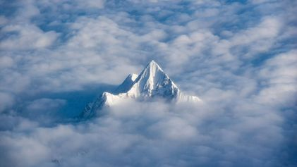 The Himalaya 'breathes,' with mountains growing and shrinking in cycles