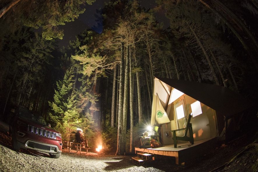 oTENTik camping site in Fundy National Park.