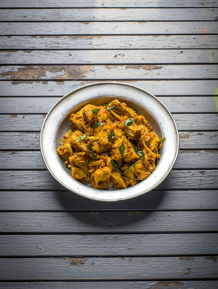 Jackfruit sabzi is a dry dish that's great with a wrap, pitta bread or roti, or ...