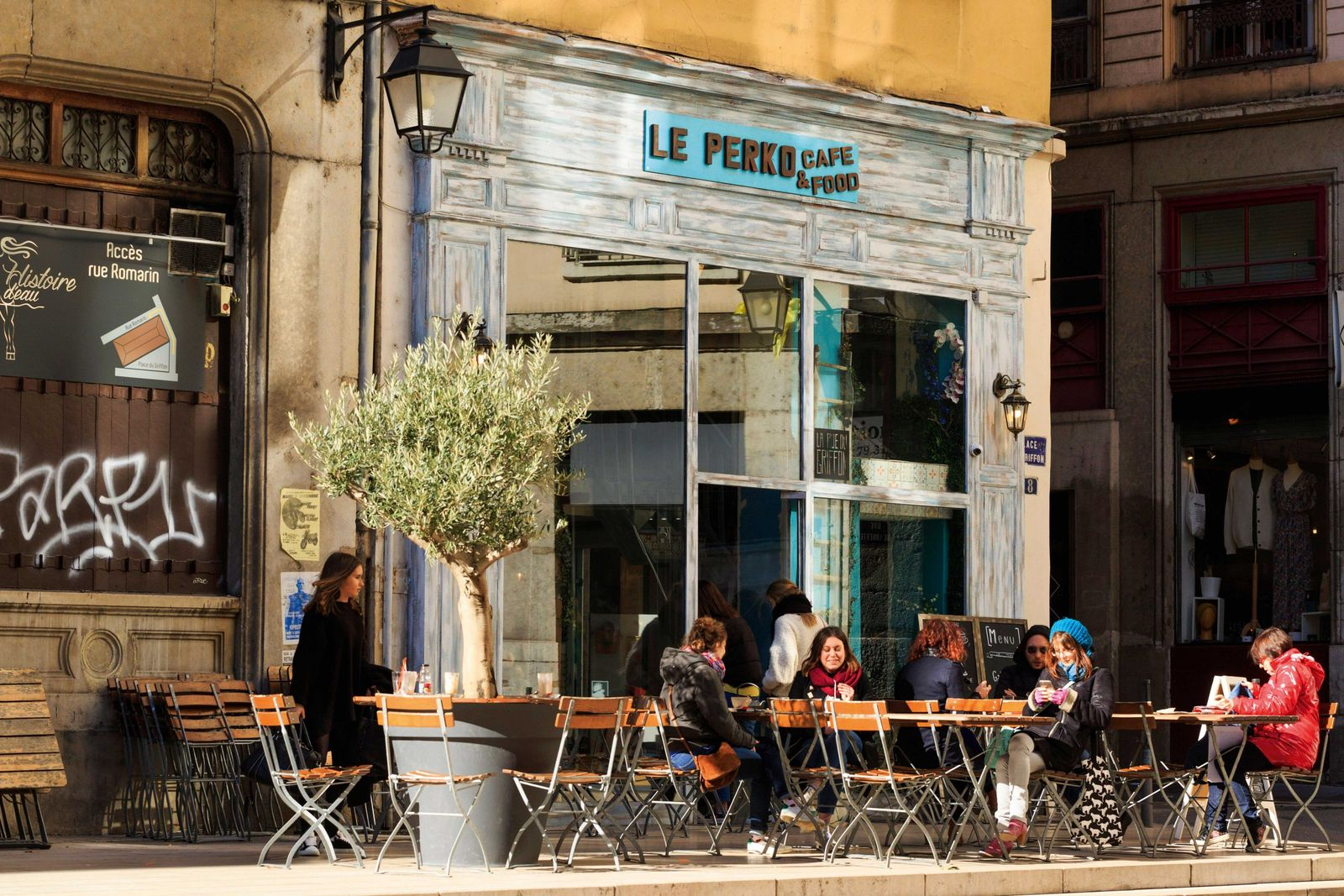 Cafe culture in Lyon.