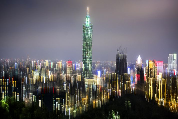 The capital of Taiwan, Taipei comes to vibrant life when the sun goes down.    This photo ...