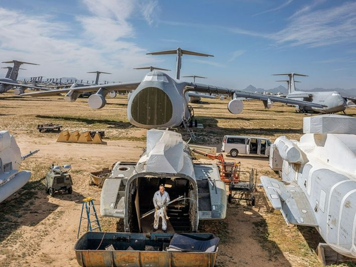 To make this image at the world's largest aircraft dismantling and repurposing facility, in Arizona, Tom ...