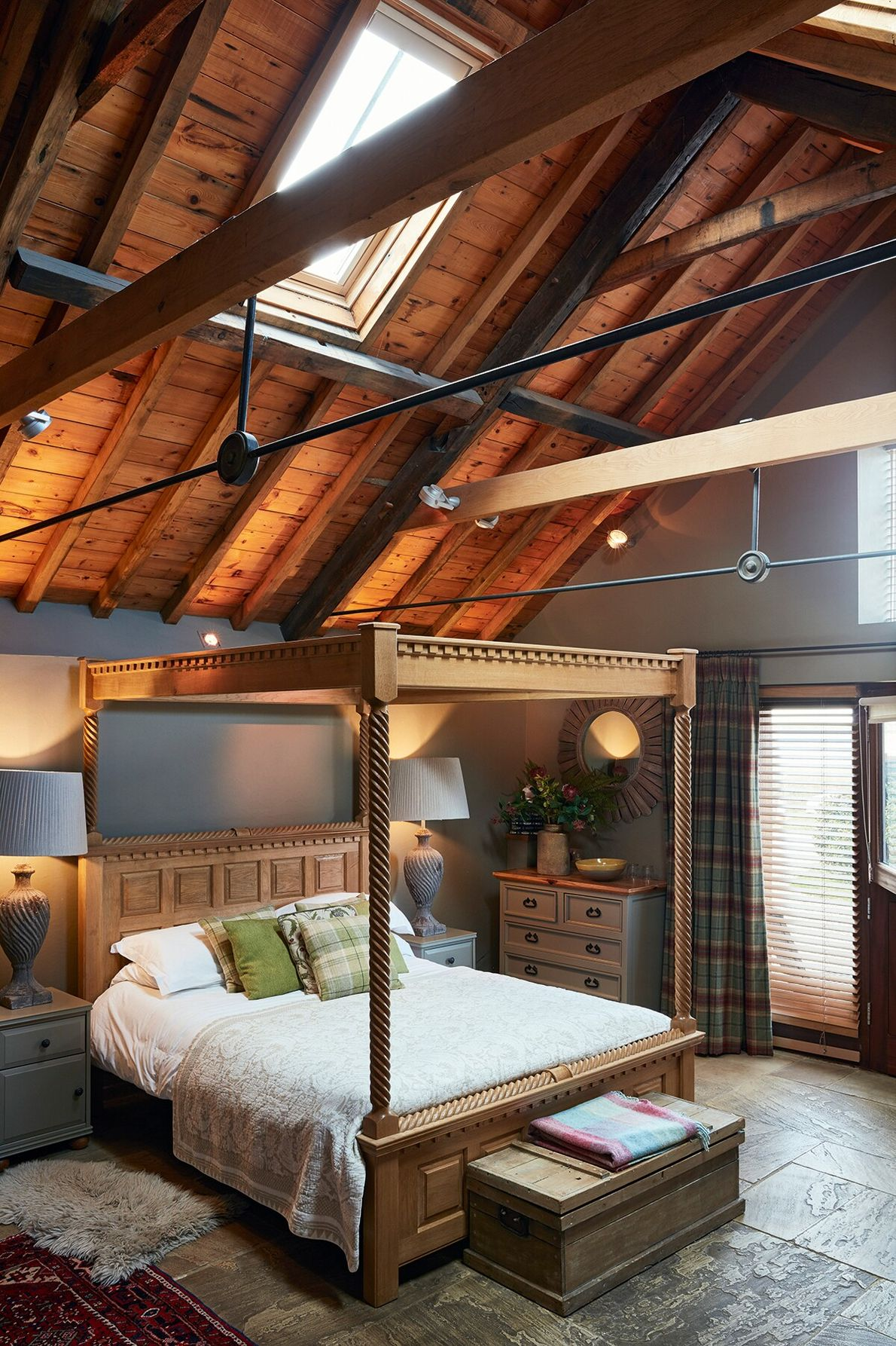 Unique self-catering and B&B accommodation awaits at Cley Windmill, which dates to the early 19th century. ...