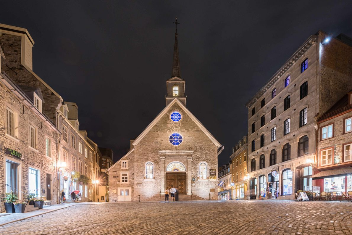 In Place Royale, view of Notre-Dame-des-Victoires, the oldest stone church in North America, built in 1688.