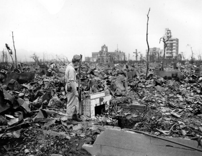 In August 1945, the United States decided to drop its newly developed nuclear weapons on the ...