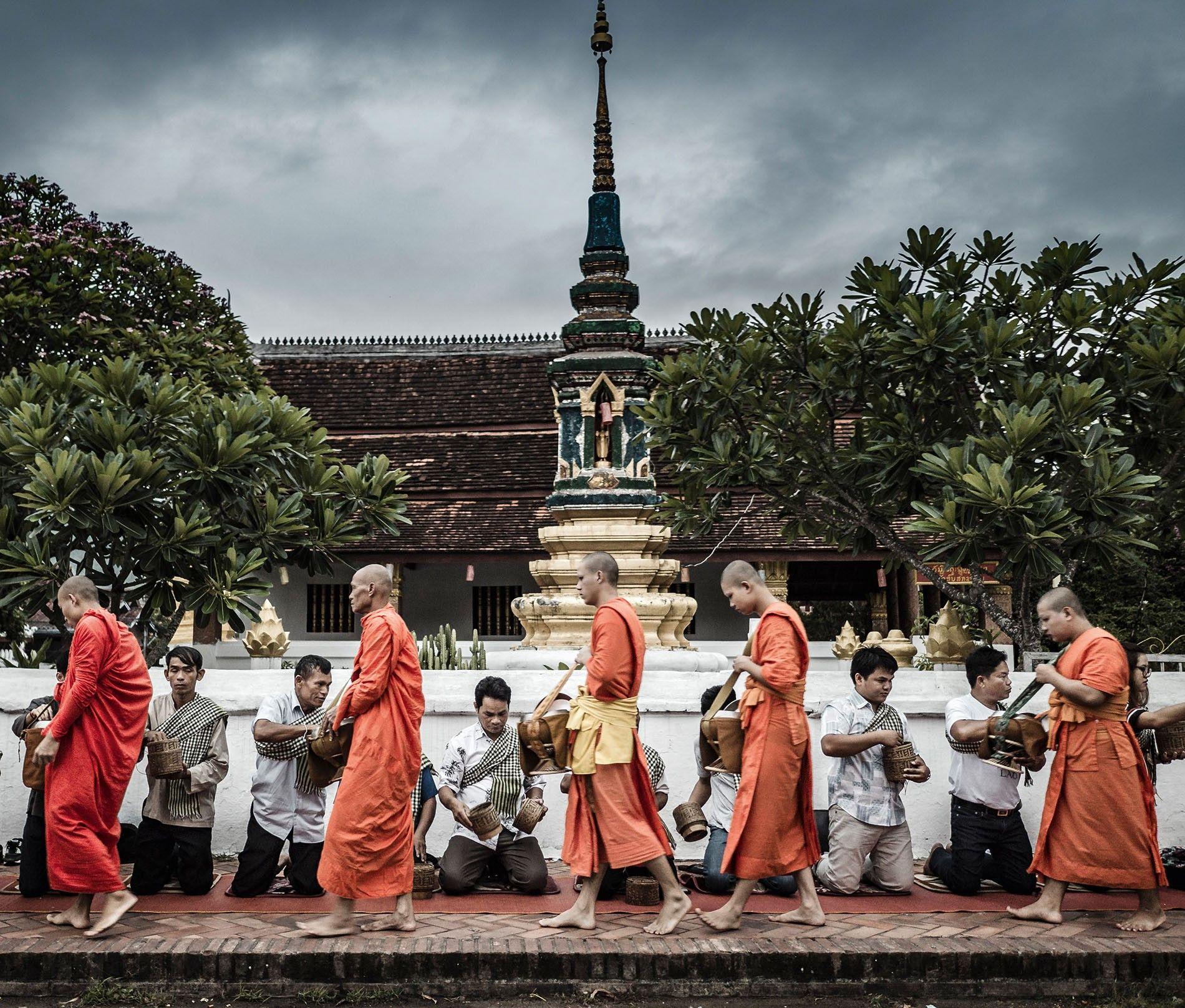 Luang Prabang almsgiving procession