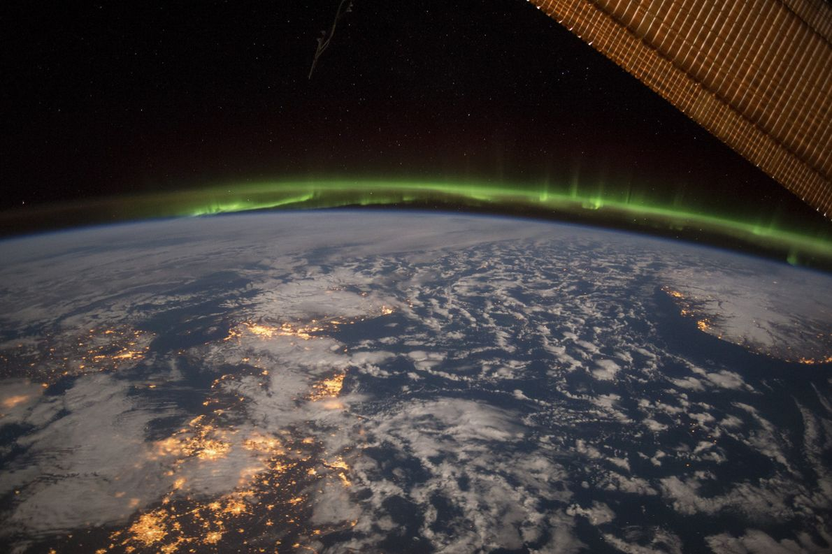 Terry Virts selected this as one of his absolute favourite images taken in space— the aurora ...
