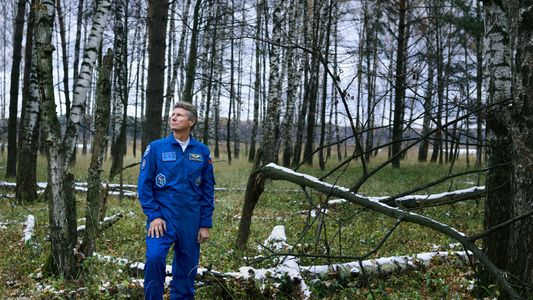 How 879 Days of Spaceflight Changed This Cosmonaut