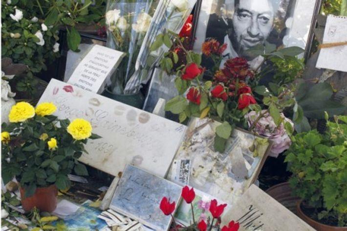 Serge Gainsbourg's grave, Cimetière du Montparnasse, Pari