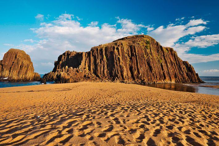 Tateiwa (standing rock), San'in Kaigan Global Geopark