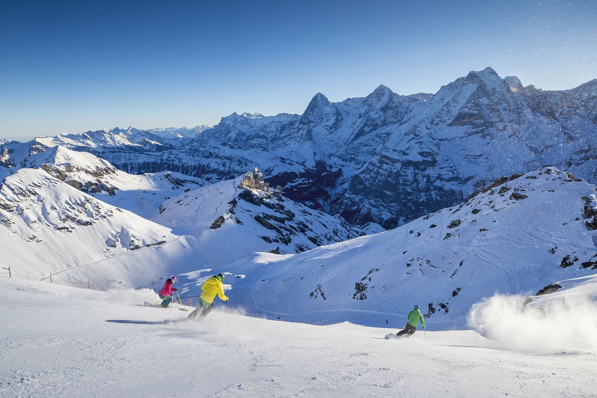 The ski resort of Mürren, one of the best-known in the Bernese Alps, is a must-visit for any skier. It has slopes for every ability, from beginner and intermediate skiing to off-piste, heli-skiing and ski touring options.