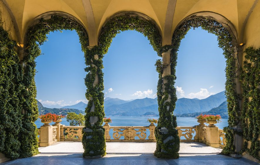 The Villa del Balbianello on the shores of Lake Como, Lombardy. Once home to an aristocratic ...