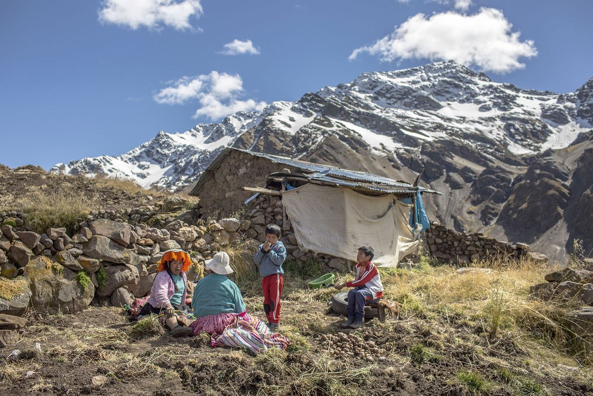 Locals rest in the Sacred Valley