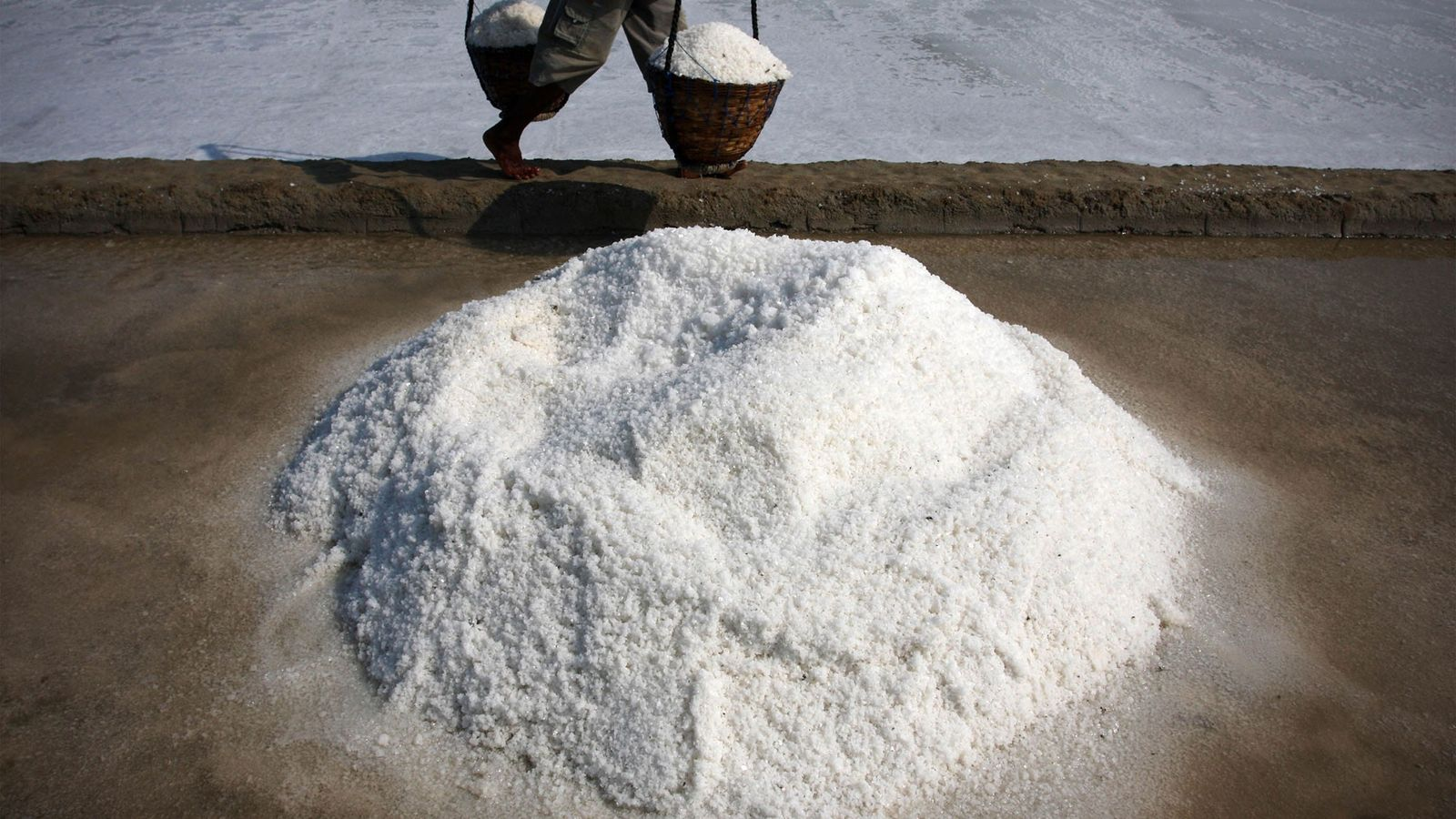 Salt is produced on Madura Island, Indonesia, by evaporating seawater, an ancient technique. A new study ...