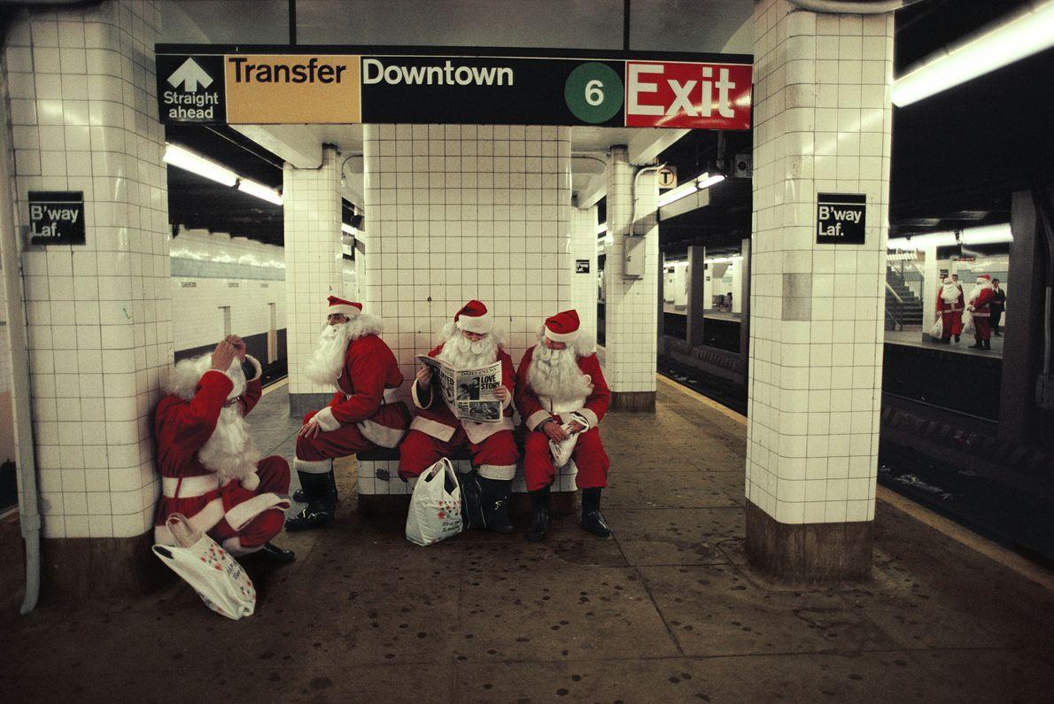 Subway Santas